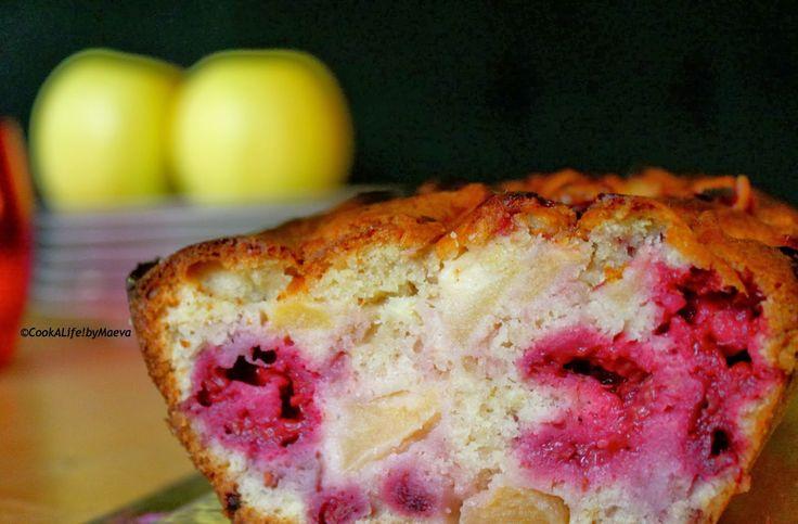 Cook A Life! by Maeva: Cake moelleux et acidulé aux pommes & framboises