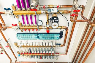 Your house may have one of the many types of home heating systems. These can range from tubing hot water through your flooring to propelling hot air from ductwork.  Whichever type of heating system you choose to have, it will have several benefits and drawbacks. So it's a good idea to have a quick review of how some of the popular home heating systems work and their advantages and disadvantages.