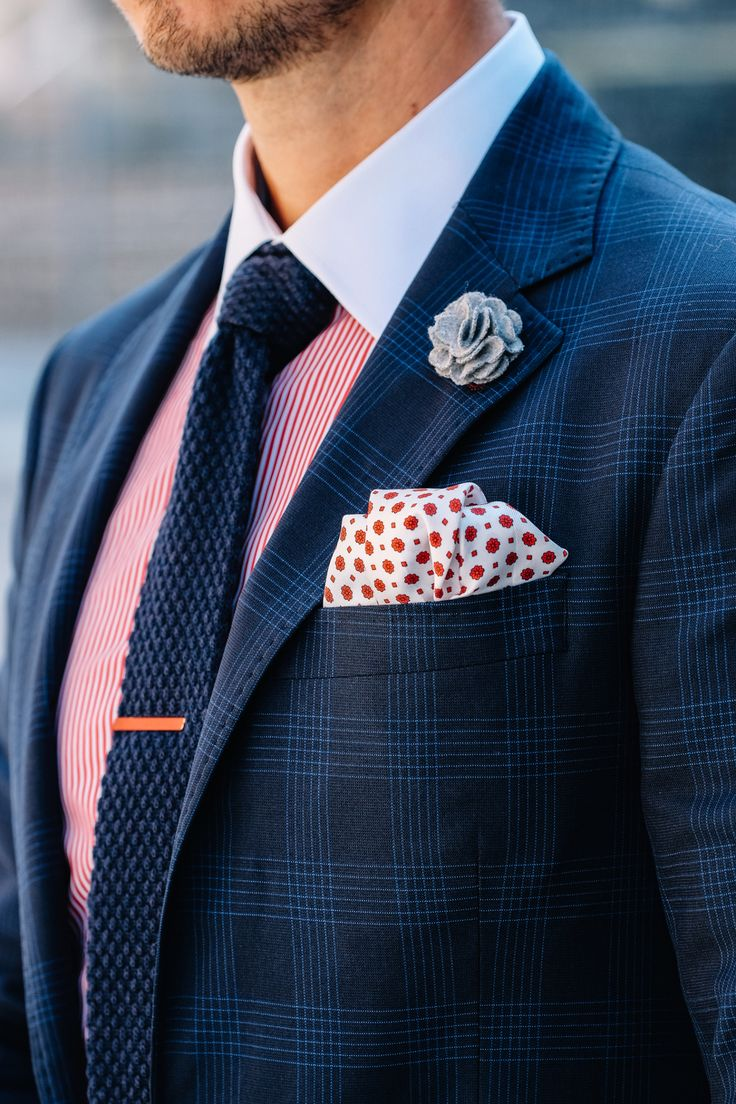 Fancy, Dapper, Men, Smart, Blue Blazer, Ties, Pocket Squares, Tutorial, Folding, Sunglasses, Menswear, Mens Style, Fashion, Mens Fashion, Wardrobe, City Style, Close Up, RayBan, Belts, Close Up, @Spitz, GIF, Photography