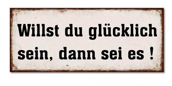 *GLÜCKLICH*