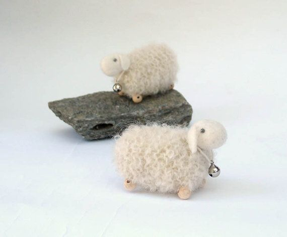 Tiny white knitted sheep - 1 pcs, waldorf toys. stufed toys. farm animal toys for playscape