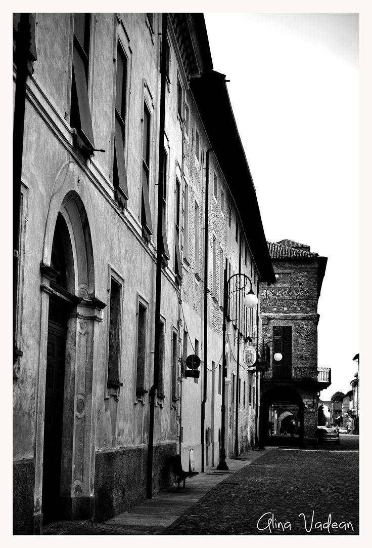 My Photography Project: Italia in Bianco e Nero  http://italiainbiancoenero.tumblr.com/