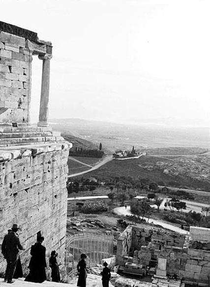 Lucien Roy, 1911, θέα από την Ακρόπολη.