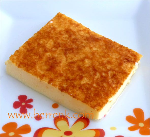 Kaymaçina Tarifi-kaymaçina yapılışı,Üsküp tatlısı,Makedon tatlısı,Rumeli tatlısı,Arnavut,Boşnak tatlısı,pratik soğuk tatlı,sütlü tatlı,yaz tatlıları,kaymaçina nasıl yapılır,hafif sütlü tatlı tarifi,kaymacina,