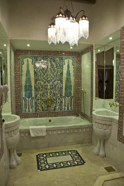Beit Salahiyeh (Syria) | Luxury Bathroom | Horus