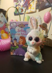 Sharing easy and affordable ways to make Easter a little sweeter for the little ones in your life; from Easter Egg Hunt tips to home decor. #Easter #Kids #Parenting #DIY #Decor