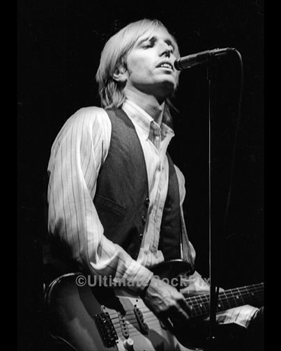 tom petty songs good love is hard to find Tom petty and the heartbreakers at hollywood but this is probably the heart of why it's so hard to find good enough stepping stone woman in love.