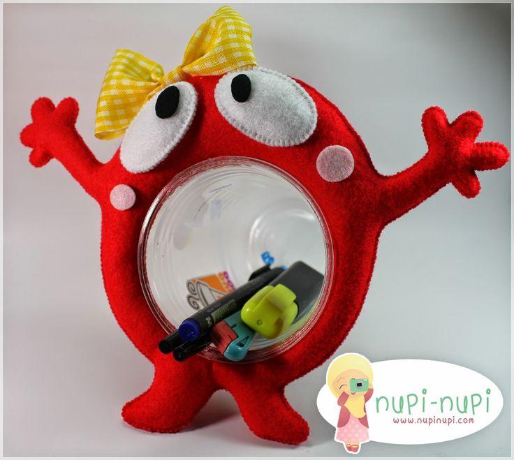nupi-nupi: Recycled #10 : Gelas-Gelas Plastik