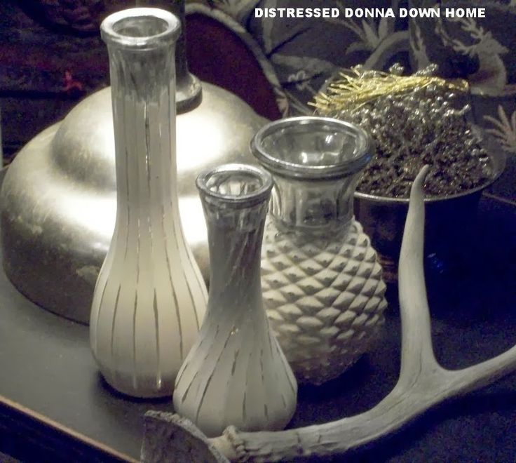 Distressed Donna Down Home: Old Vases From Clutter to Chic