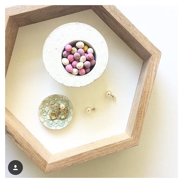 @msvuurman you know the way to my heart - our concrete bowl full of Easter eggs, sitting in our handmade Tasmanian Oak tray - LOVE IT!!! #designsbywinston #hexagontray #concretedecor #concretebowl #handmade