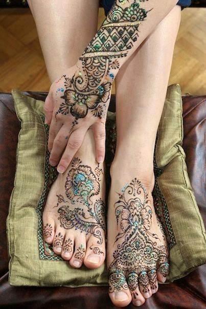 Glitter Henna for Hands and Feet
