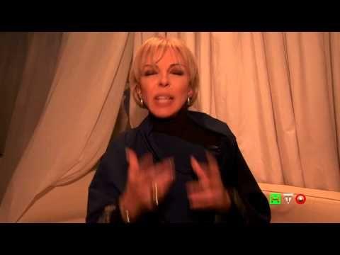 http://www.hdtvone.tv/videos/2015/02/10/trustinitaly-santangelo-collezioni-moi-je-suis-collezione-ss-2015-intervista-ad-elisabetta-malara