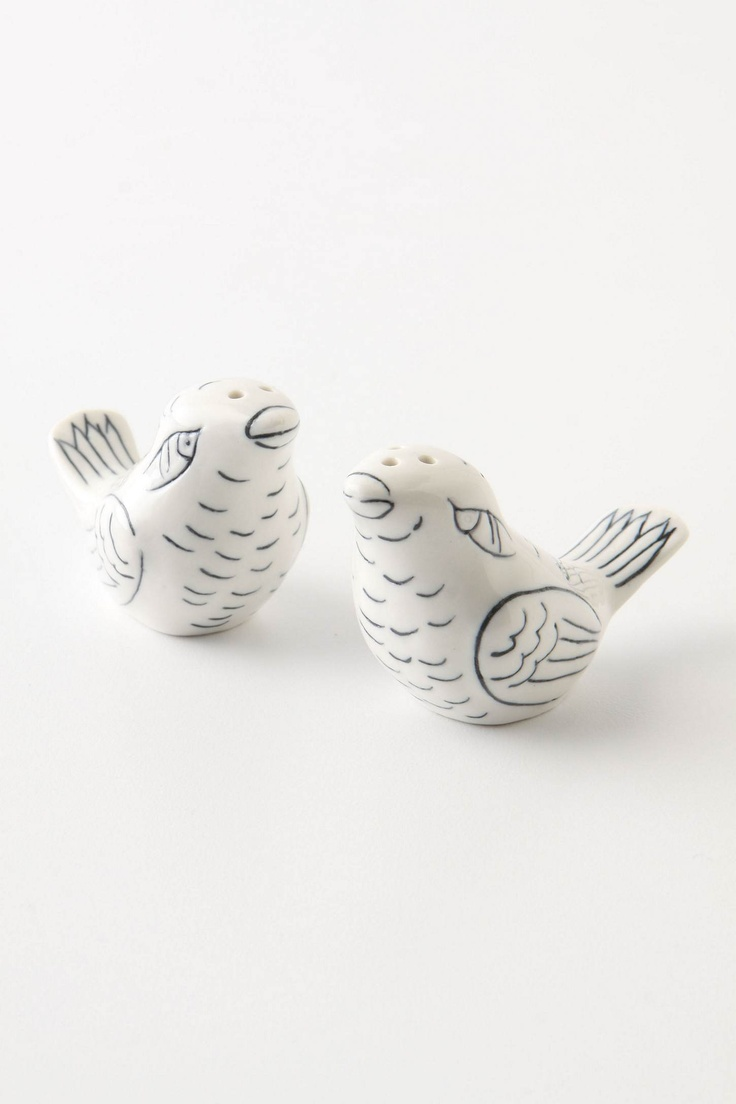 Such cute little birds: Salts Peppers Shakers, Anthropology, Kitchens Bit, So Cute, Anthropology Salts, Birds Watchers, Home Kitchens, Lovebird Salts, Kitchens Pretty