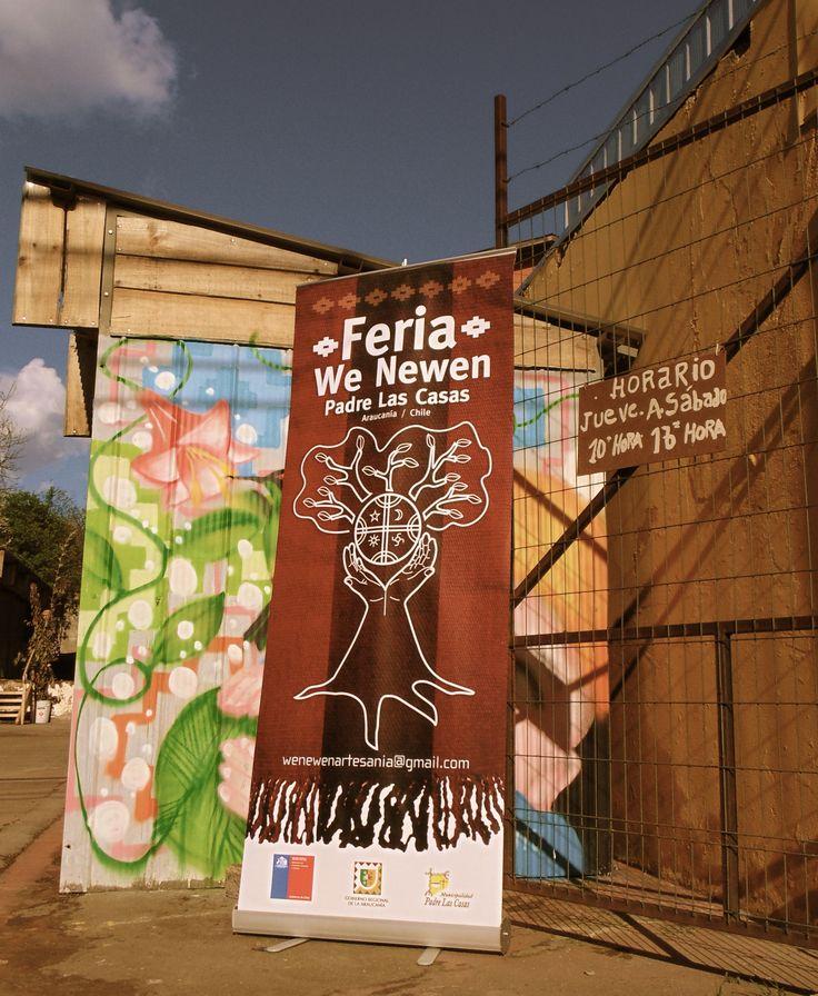 """Productos naturales derivados del sistema agrícola mapuche y, artes propias de esta ancestral cultura. Horario: Jueves a Sábado de 10 a 16 hrs. #SemillaLibre #ProductoNatural #campesino #artemapuche #artesania #mapuche #feria #local ---- """"FERIA WE NEWEN"""" Padre Las Casas, Araucanía. Chile."""