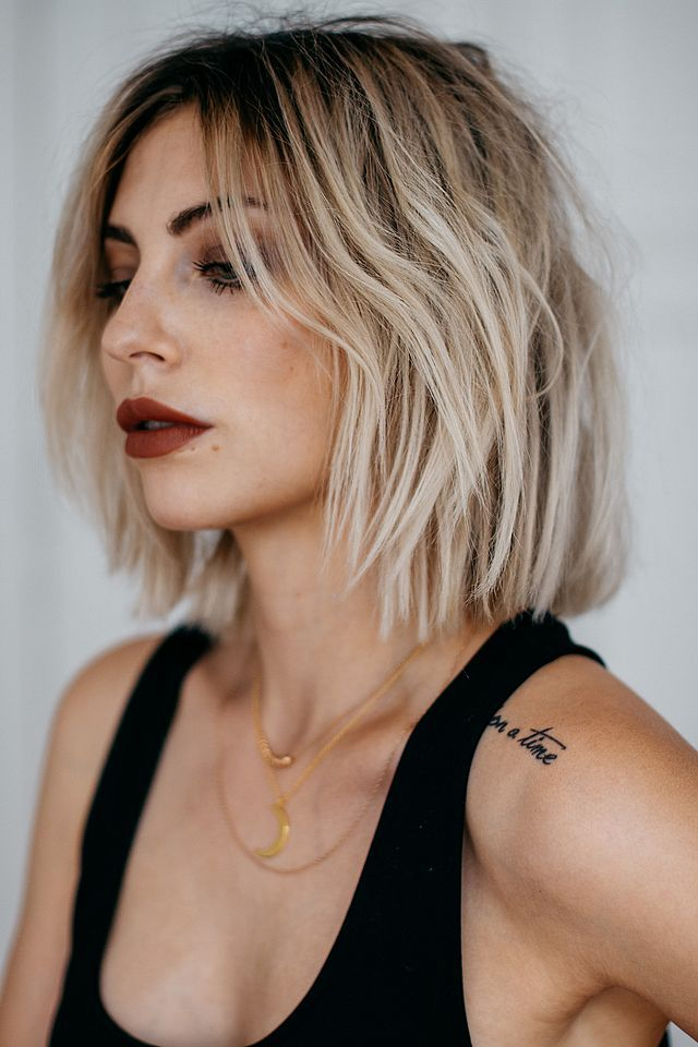 Recently I got a lot of questions about how I style my hair. More specifically, a lot of peeps seemed to be interested in how I get my hair to look so perfectly undone, and what my secret is. The tr