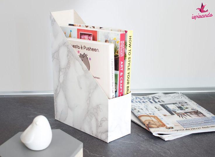 Come creare un portariviste fai da te effetto marmo riciclando una scatola di cereali. Basterà davvero poco per realizzare un oggetto utile e moderno!