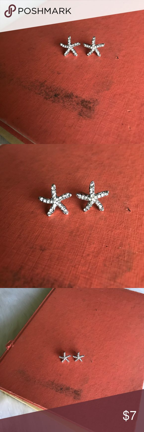 Silver Starfish Earrings🐚 Boutique