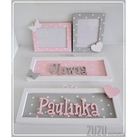 Tabliczki z imieniem i ramki na zdjęcia