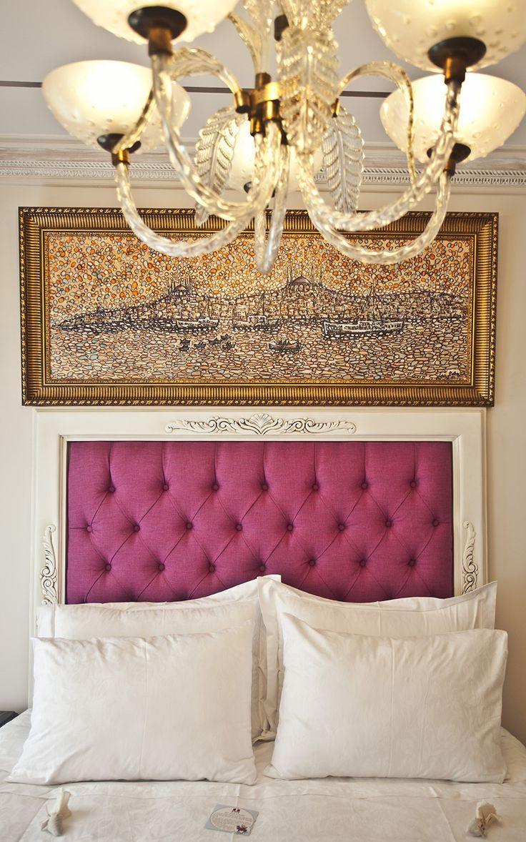 #bed #bedroom #apartment #citycenterhotelistanbul #citycenterhotel  #beyoglu #istanbul #taksim #turkey #galata #pera #suites #flat #rent #home #cihangir