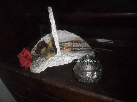 French Glass Pot Pourri Bowl by GlassEyedGoblin on Etsy, €15.00