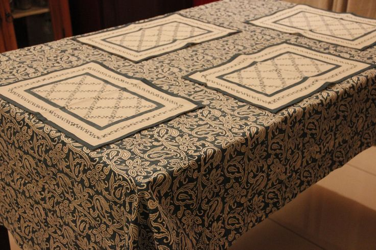 Place mats and Table Cover