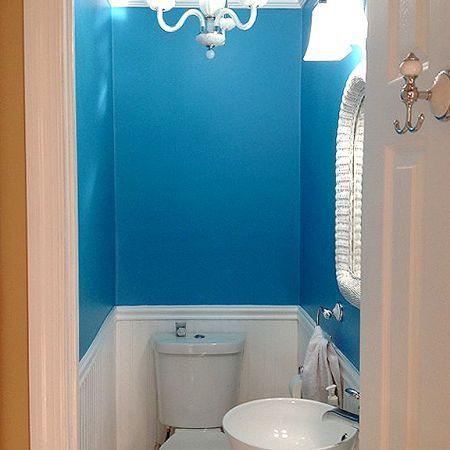 Best 25 blue small bathrooms ideas on pinterest blue for Bright blue bathroom ideas