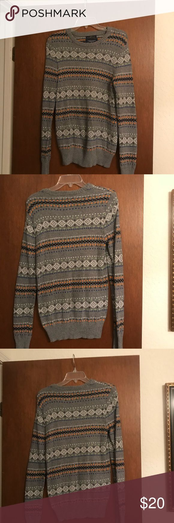 American Eagle Men's sweater. American Eagle Men's sweater. Gray and orange.  Size XS.  Only worn a couple times.  Great condition. American Eagle Outfitters Sweaters Crewneck