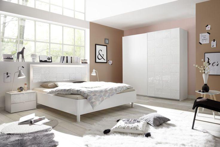 Schlafzimmer Mit Bett 180 X 200 Cm Weiss Matt Mit Siebdruck In Weiss Hochglanz Classico Xaos Weiß Holz Modern Jetzt bestellen unter: https://moebel.ladendirekt.de/schlafzimmer/komplett-schlafzimmer/?uid=7c50ed7f-ec5f-506f-8755-b357cb5154f1&utm_source=pinterest&utm_medium=pin&utm_campaign=boards #komplettschlafzimmer #schlafzimmer