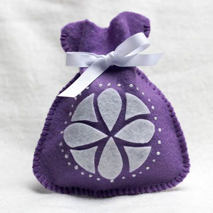 This sweet felt pouch is an easy sewing project for older kids. When it's finished, your princess can store little treasures inside! These would make perfect favor-holders for a Sofia the First-themed birthday party.