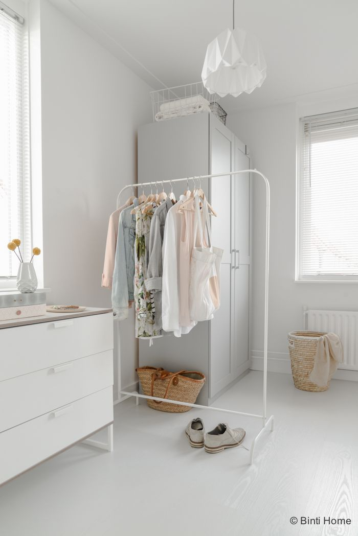 25 beste idee n over scandinavische slaapkamer op pinterest witte slaapkamer witte - Deco romantische ouderlijke kamer ...