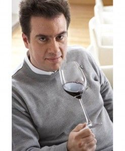 Ο Master of Wine, Κωνσταντίνος Λαζαράκης στο Yiamas Gastro Bar για μια μοναδική εμπειρία Γευσιγνωσίας στα κρασιά 1827 και ΚΟΤΥLE