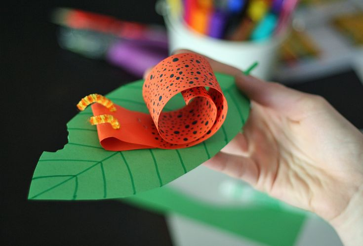 Coiled paper snail craft for kids
