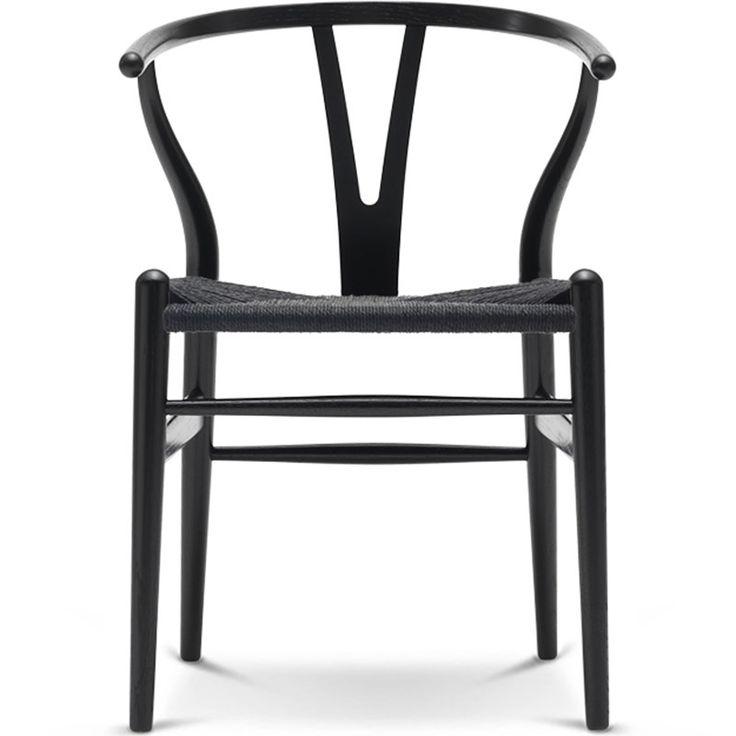 Y-stolen af Wegner. Den bliver endnu mere  ikon-agtig i helt sort