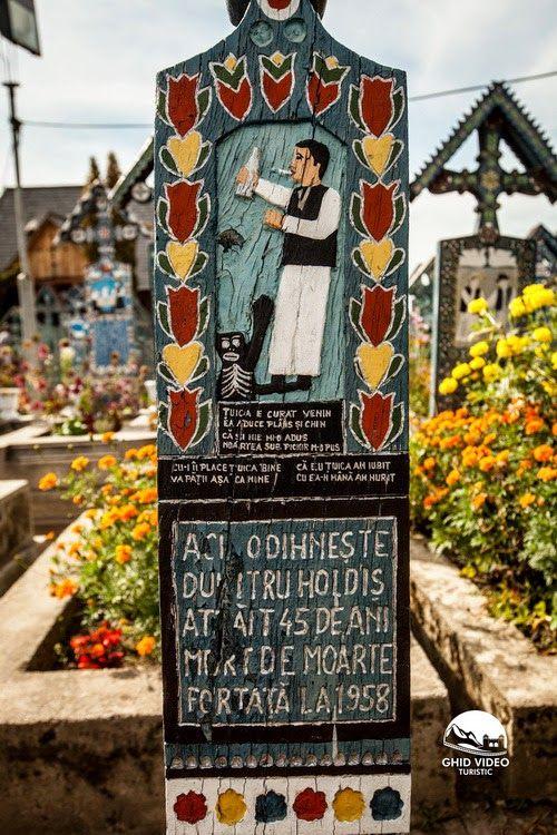 Merry Cemetery in Sapanta, Romania - Zabavnik
