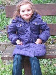 April Jones 'abduction': Police search in Machynlleth