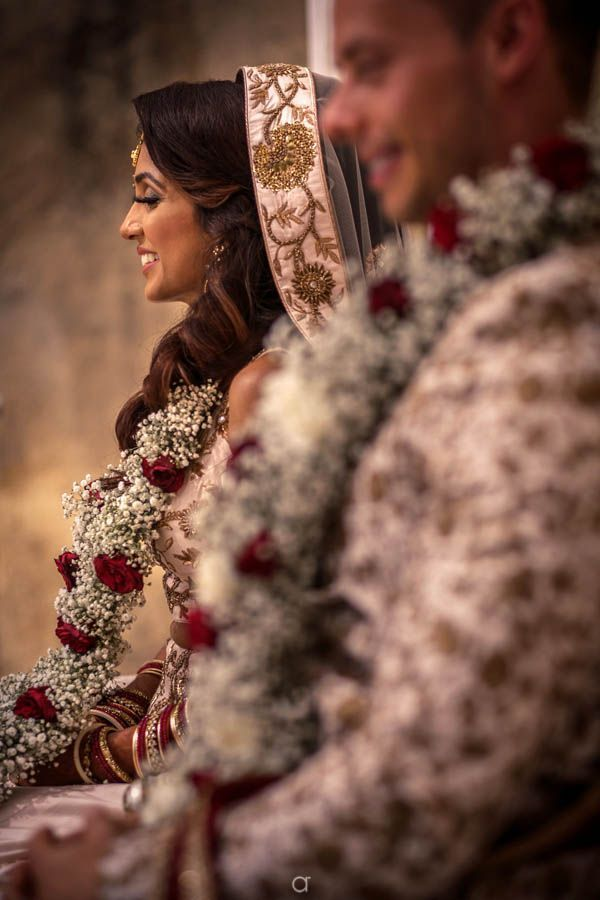 Indian Wedding Outfits 824721750500757803 In 2020 Indian Wedding Garland Hindu Wedding Portugal Wedding