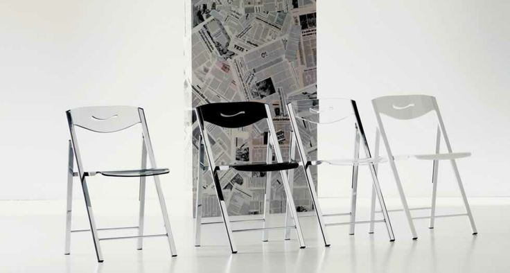 RIPIEGO, design: Giuliano Cappelletti Architetto/ Studio Ozeta Metal frame folding chair, Vitrex or wooden seat and back.www.ozzio.com