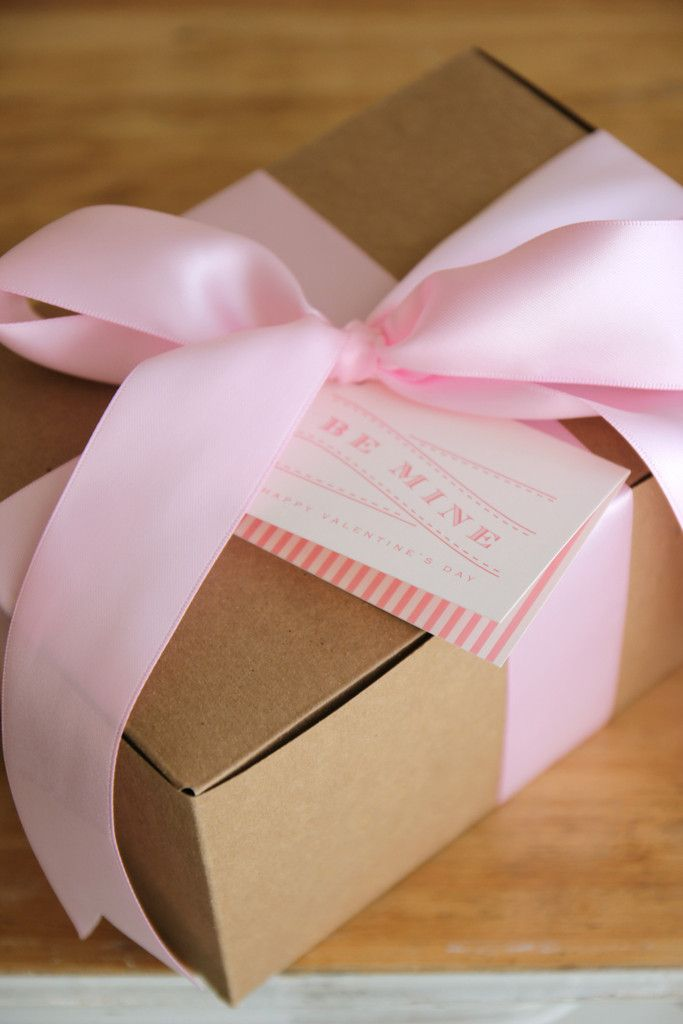 pink satin bows on natural kraft boxes & 542 best * White Gift BOXES * images on Pinterest | Gifts White ... Aboutintivar.Com