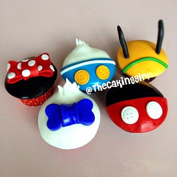 TheCakingGirl: Cute Disney Cupcakes!