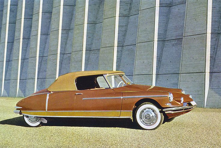 1958 Citroen DS19 Convertible- didn't know they made a vert version if this car! Cool!
