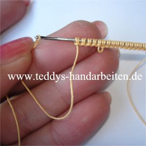 Needle Tatting (it's in German but can be translated) Good pictures for tutorial.