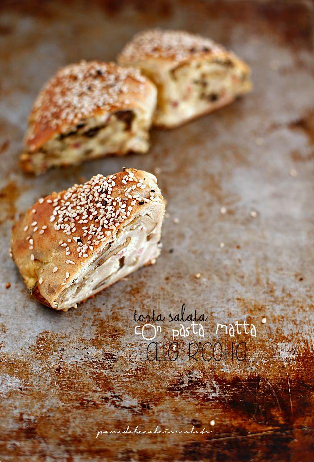 PANEDOLCEALCIOCCOLATO: Torta salata con pasta matta integrale alla ricotta funghi e speck