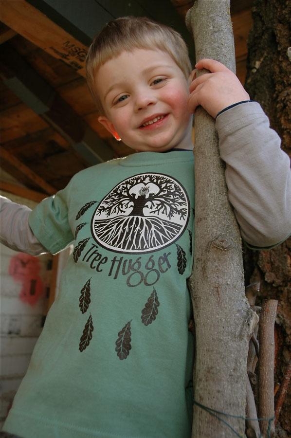 T Shirts : Tree Hugger