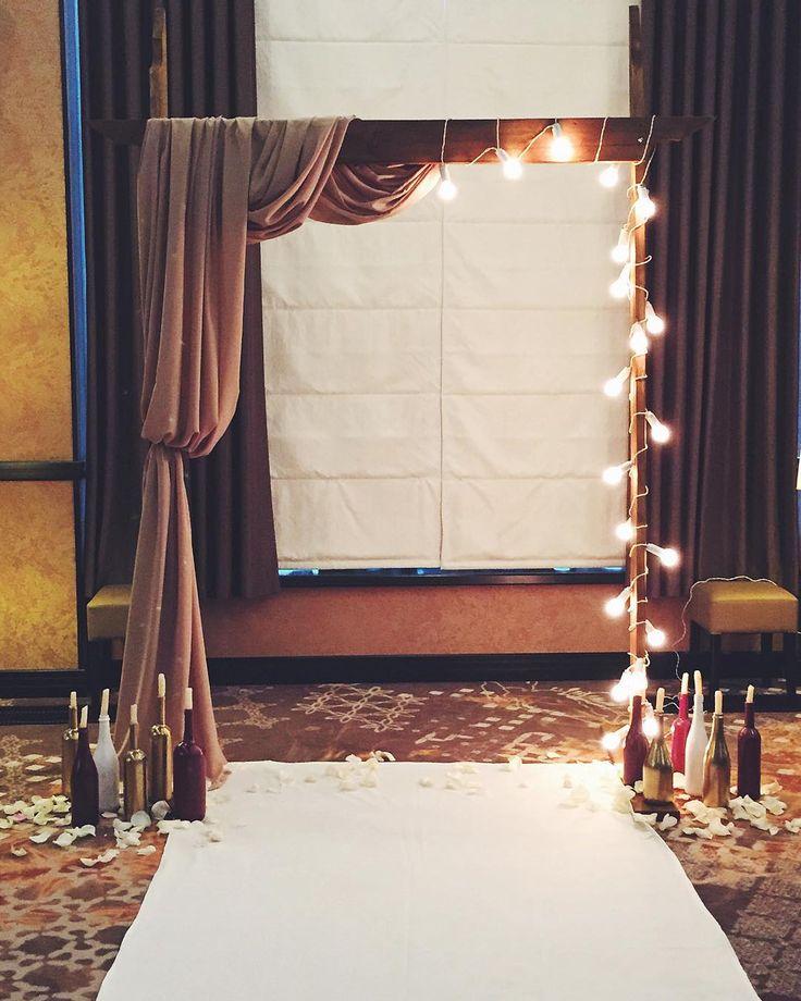 У нас сегодня снова красиво! Выездная церемония... #церемония#выезднаяцеремония#свадьба#арка#лампочки#декорации#деньсвадьбы#свадьбакиев#creative_decor#creative#arch#wedding#weddingday#wow#beauty