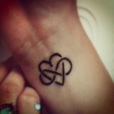 This is that kind of tattoo you get with a best friend or someone you definitely will be with forever... Infinity Heart""