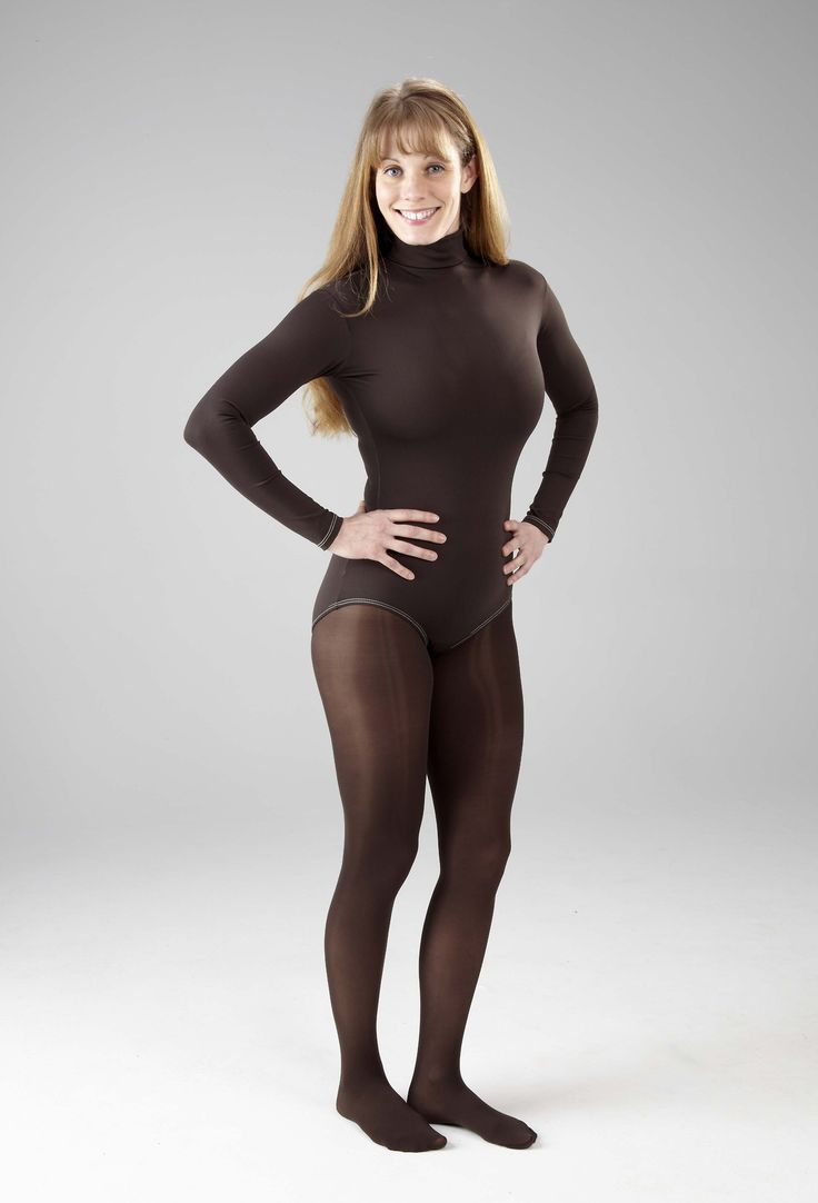 Can tights be worn without a skirt or shorts