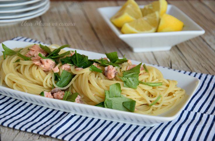 Spaghetti al limone con rucola e salmone