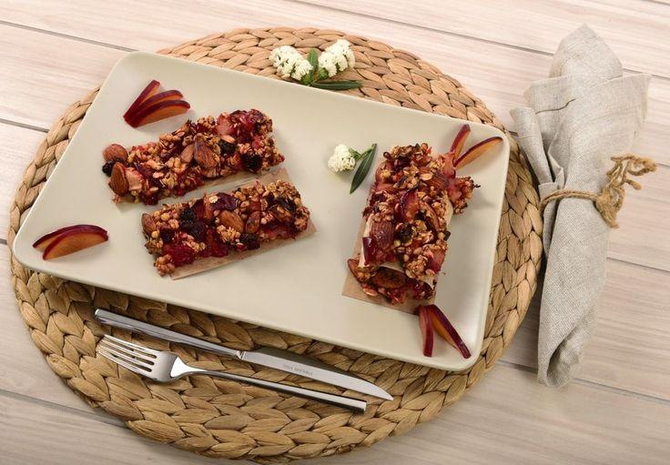 Meyve ile yapılan tatlılar, pastalar ve sağlıklı atıştırmalıklar… İçeriğinde hem sağlık hem de lezzet olan tarifler için Doal Tarifler'i takip edin!
