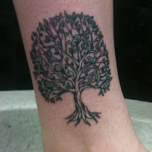 My family tree tattoo tatty pinterest for Family tree tattoo