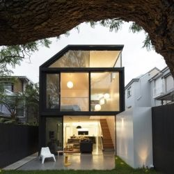 Carefully Crafted Home Extension in Sydney by Architect Christopher Polly